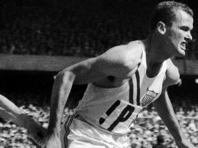 अमेरिकी धावक बोबी जो मोरोको निधन