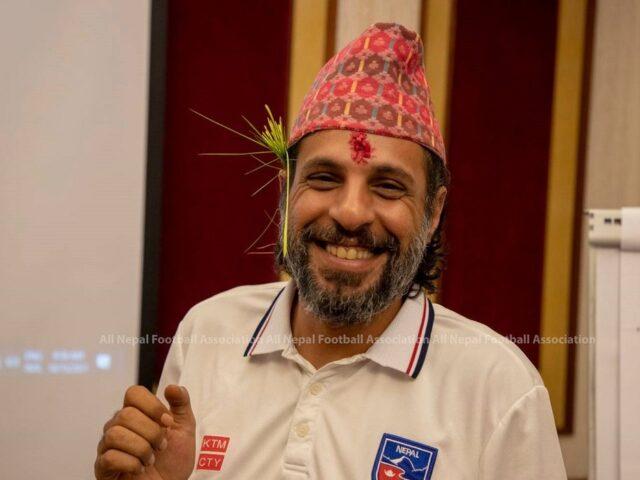 प्रशिक्षक अल्मुताईरी नेपाल फर्कने निश्चित